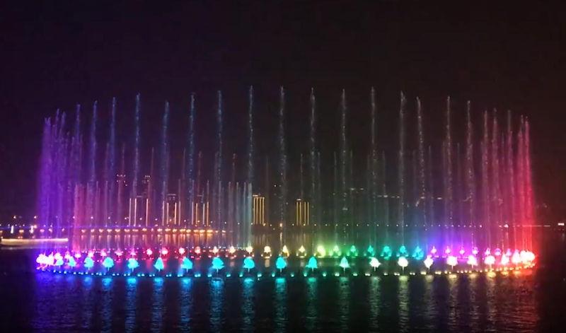 <b>金鸡湖音乐喷泉</b>