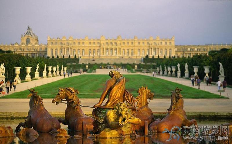 <b>最美音乐喷泉-巴黎凡尔赛宫喷泉</b>