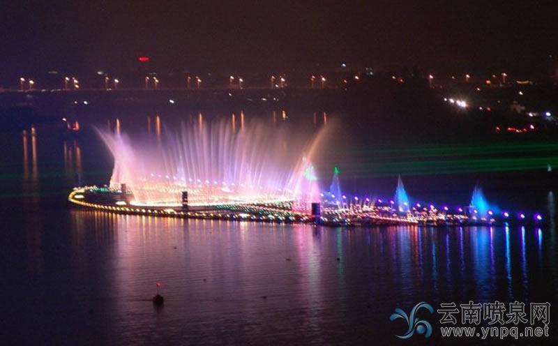 亚洲第一高音乐喷泉——广东揭阳榕江音乐喷泉