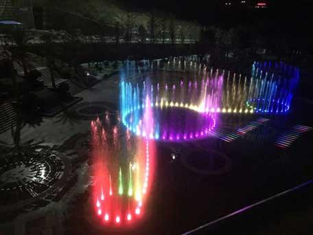 贵州六盘水小型旱地音乐激光乐虎体育app下载——贵州激光水幕电视