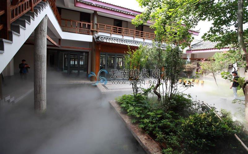 高压雾森设计-丽江束河古镇昌隆园全自动感应式